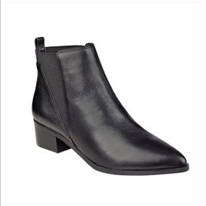 Marc Fisher Chelsea Yale Black Leather Ankle Boots